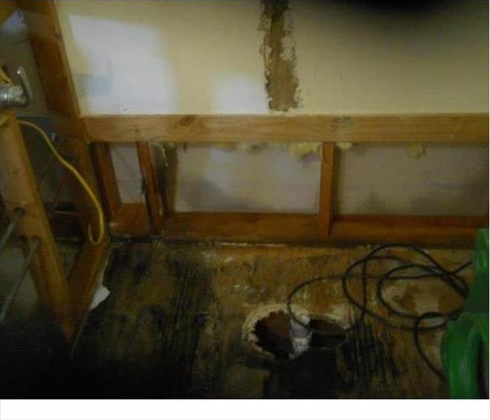 Oak Ridge Mold Damage from a Water Leak Before